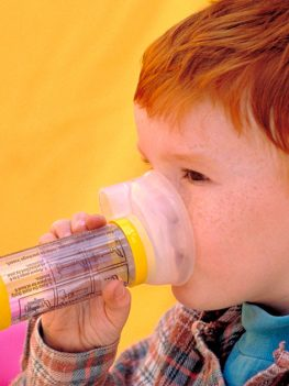 Using a Spacer When Taking Medications for Asthma